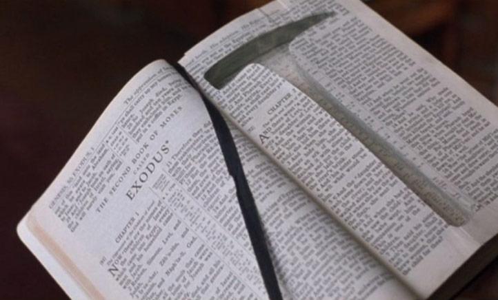 [Image: 18-bible-shawshank.jpg]
