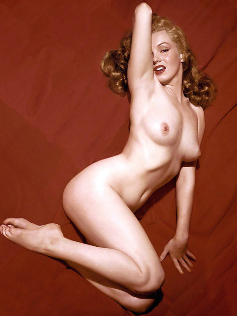 Фото голая монро