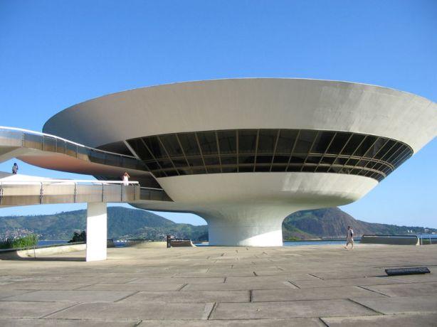 Niterói-Contemporary-Art-Museum