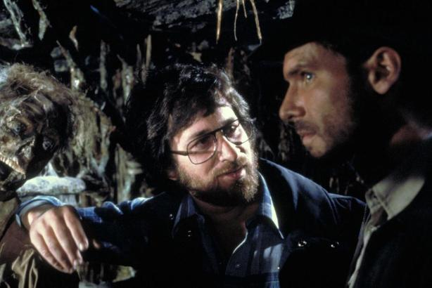 spielberg_ford_raiders-of-the-lost-ark_1981
