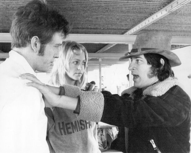 spielberg_william-atherton_goldie-hawn_sugarland-express_1974