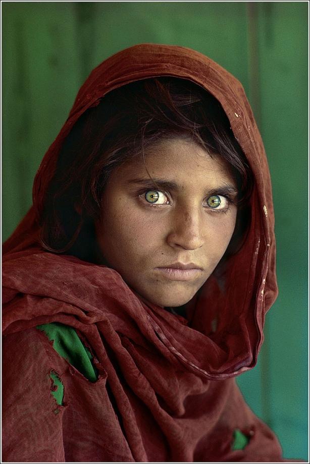 Afghan Girl, Steve McCurry, December 1984