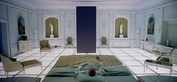 2001-hotel-monolith