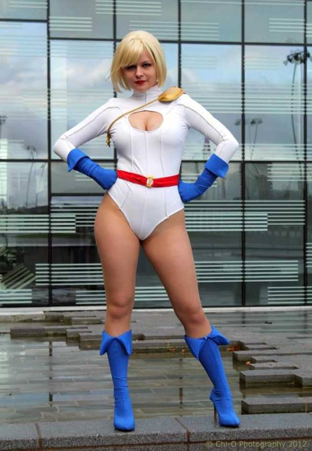 power-girl-cosplay-26
