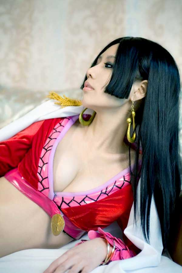 Boa-Hancock-Sexy-Cosplay