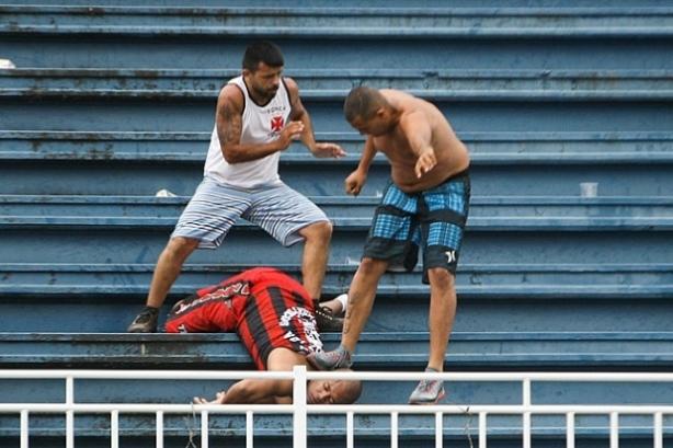brazil-soccer-violence-2