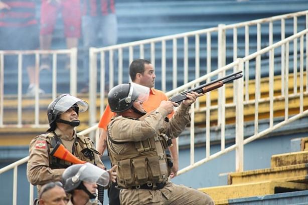 brazil-soccer-violence-4
